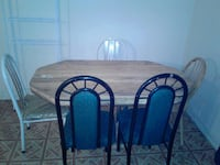 used kitchen table with 5 chairs New York, 10453