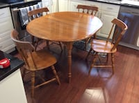 """Solid Maple Table & Chairs with Extension Leaf """" Nadeau"""""""