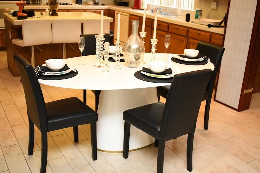 Full Gently Used Modern Style Dining Table Set Kate Spade Plates And Black  Dining Chairs