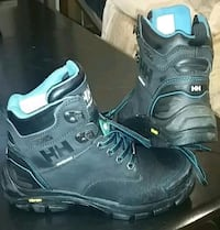 LIKE NEW HALLEY HANSEN CSA APPROVED WK BOOTS $50 O Edmonton, T6T 2B5