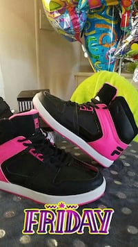 pair of black-and-pink Fila shoes San Luis, 85349
