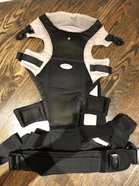 Baby carrier Barrie, L4M 5G1
