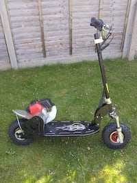 black and red kick scooter Watford, WD25 9SX