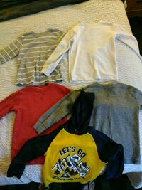 yellow and black Nike pullover hoodie Fresno, 93720