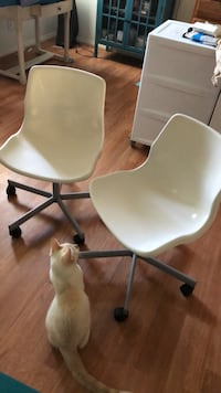 Ikea  White Accent Chairs Oakland, 94609
