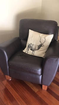 IKEA leather recliner chair Weston, 33331