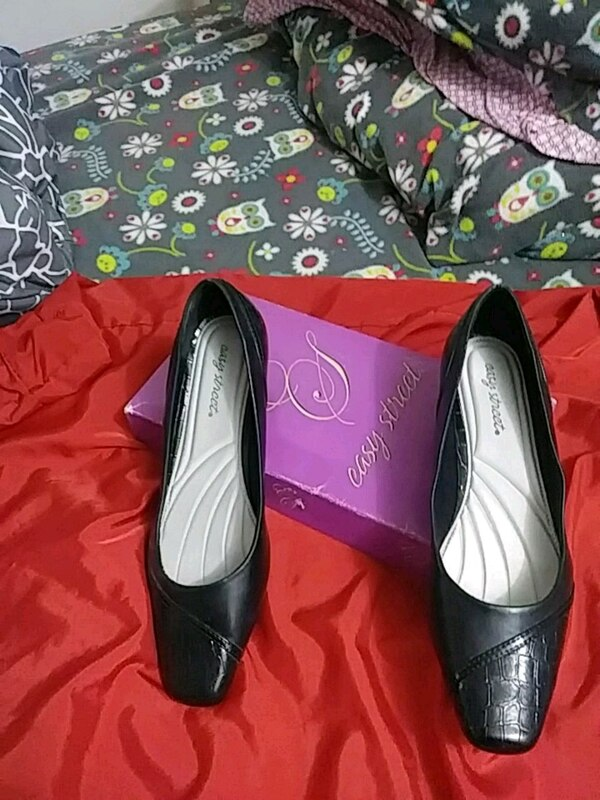 78831332e Used Genuine Real Leather Pumps for sale in Bronx - letgo