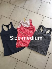 3 spandex workout tops  Vancouver, V5X