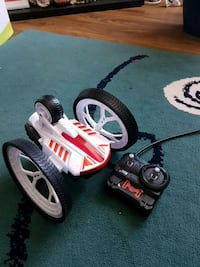 Remote control race car