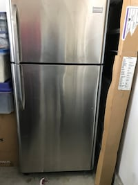 Stainless steel top-mount refrigerator Los Angeles, 91403