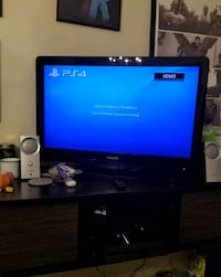 Ps4, controllers and games Toronto, M4B 2S7
