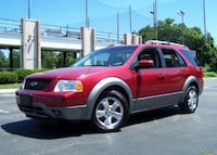 ((REDUCED)) 2005 Ford Freestyle Crossover Ottawa, K1T 0L9