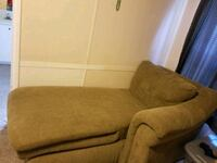 Lazboy green sectional Fort Valley, 31030