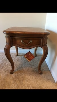 brown wooden single-drawer end table 24 km