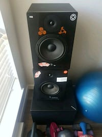 Studio monitors and sub Langley, V2Y 1P5