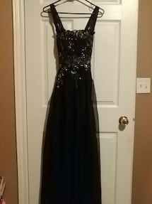 Cartise evening Gown, size 8