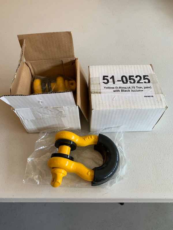2 pair D ring shackle with isolator brand new