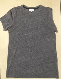 Aritzia Community T-Shirt Size Extra Small Womens Clothing Grey Edmonton, T6H 4L4