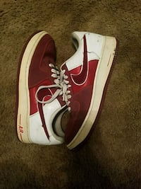 Size 8 Nike shoes