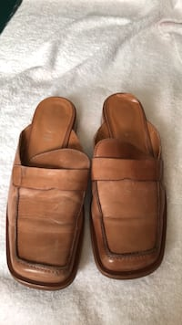 ALDO TAN  LEATHER SLIP ON MULES 39
