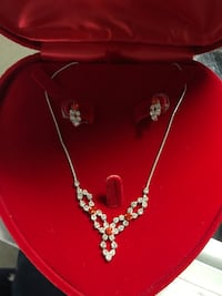 Red neckless and earing set Prescott Valley, 86314