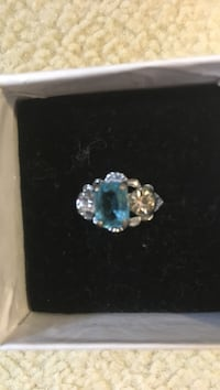 Blue stone stud silver ring