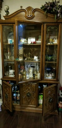 China cabinet  Woodbridge, 22193
