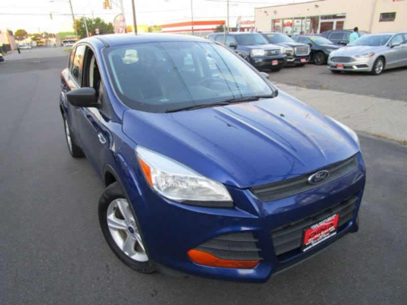 2015 Ford Escape S 5610594c-c1f3-4b9b-9dd2-654920a97e1a