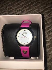 Never Worn Before Pink Watch 34 km