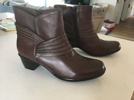 Clark's Women Size 8 Brown Boots