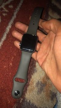 apple watch 3 series 38m no charger