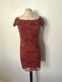 New lace dress size medium fits like small Ontario, 91762