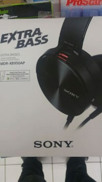 .Sony extra bass over ear headphones Kitchener, N2A 1S3