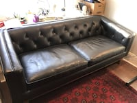 Leather Couch 542 km