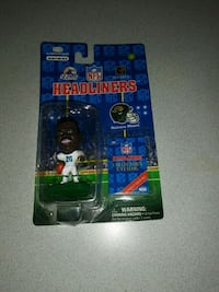 VINTAGE HEADLINERS NATRONE MEANS NEW SEALED   Naperville, 60563