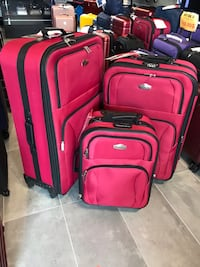 "Large luggage set 31""28""21.5"" sold as set or individually/ red valises rouge extensible  Montréal, H2G"
