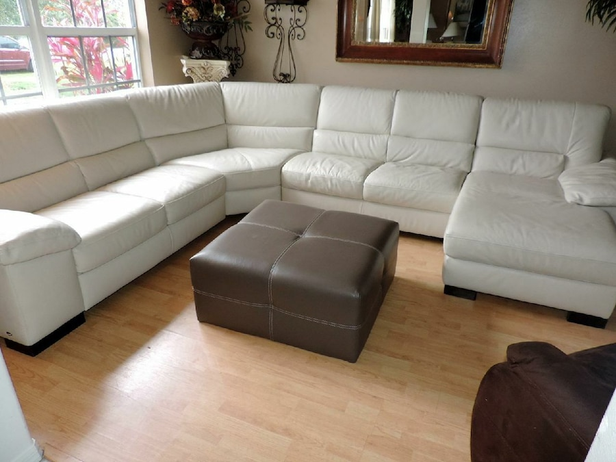 Beau Italsofa Cream Leather Chaise Lounge Sectional