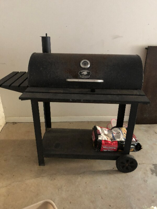 Black Backyard Classic Professional BBQ Grill - Used Black Backyard Classic Professional BBQ Grill For Sale In
