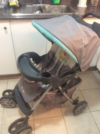 Baby's Graco pooh stroller ,,big and strong weels,clean ,and great conditions  Toronto, M2R 2A3