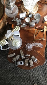 assorted table decors