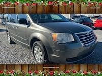 Chrysler-Town and Country-2010 Chesapeake