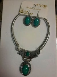silver and green gemstone necklace Toronto, M1B 0A7