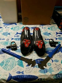 Bicycle shoes size 12  wrenches included Des Moines, 50322