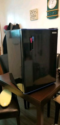 Bar Fridge Kitchener, N2C 1X1