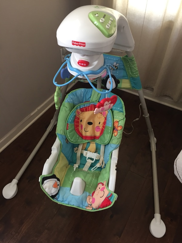 Fisher PriceThe Discover n' Grow Cradle Swing.
