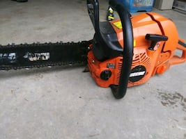 PRICE REDUCED Echo CS-590 chainsaw PLUS $100+ in extra chains