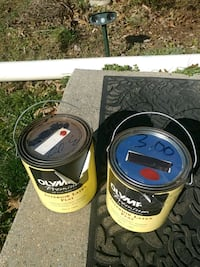 2 cans of red paint Frederick, 21702