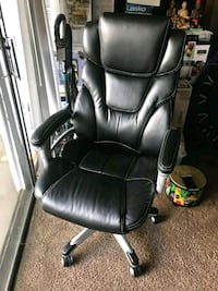 Black office chair  Annandale, 22003
