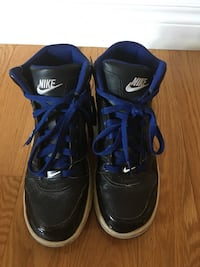 Boys size 7 Nike Runners  Richmond Hill, L4E 4B3