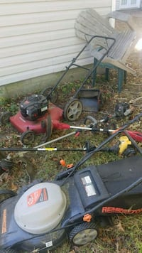 2 lawnmowers and 3 weed eaters 166 mi